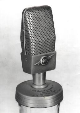 1961 Golden Microphone Award
